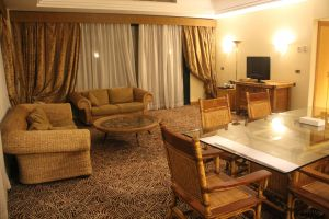 Hilton Pyramids Golf Resort Presidential Suite Living Room