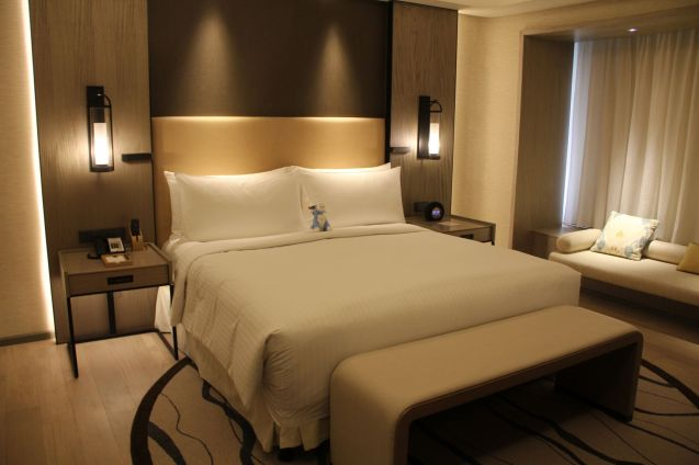 Conrad Manila King Premier Suite Dressing Room