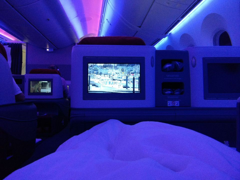 LATAM Business Class Boeing 787-9 Bed