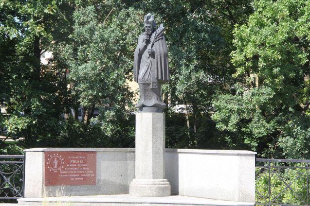 Olsztyn Monument