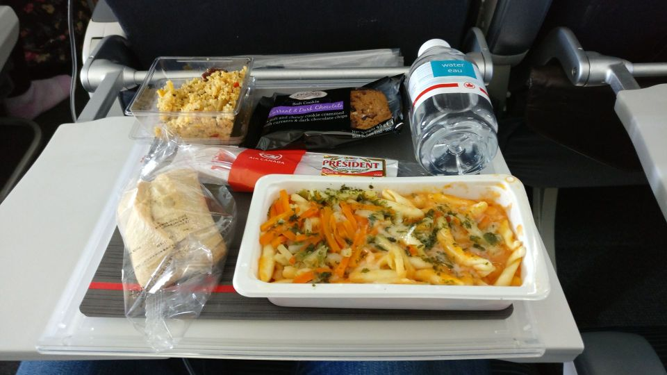 Air Canada Economy Class Boeing 777-300ER Lunch