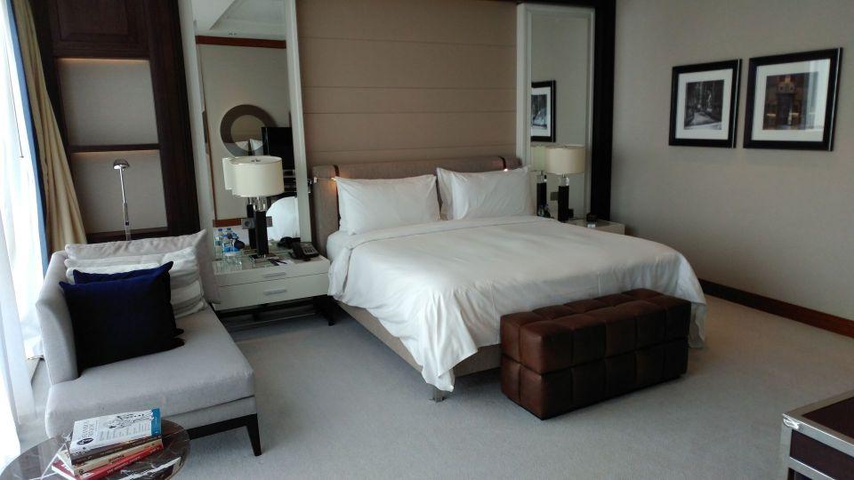 Hilton Bomonti Istanbul Executive Suite Bedroom