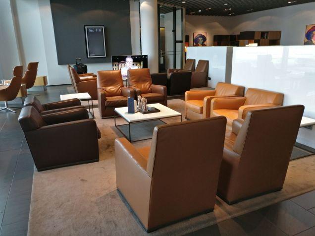 Lufthansa First Class Lounge Frankfurt A Seating