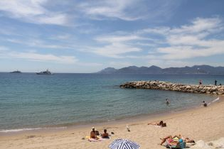 Cannes Beach 4