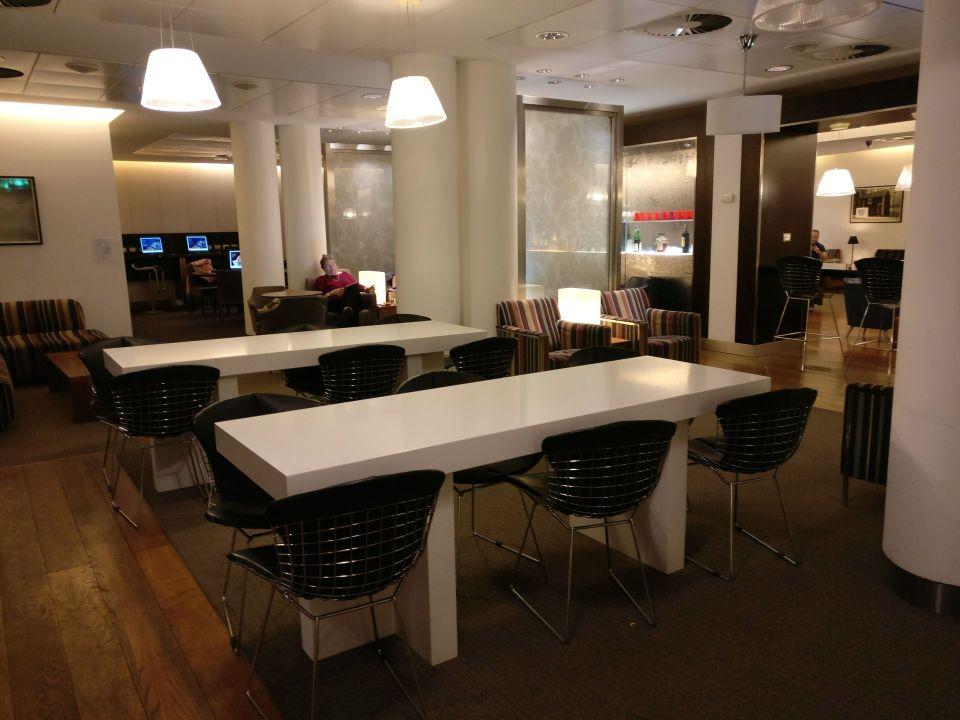 British Airways Lounge Milan Seating