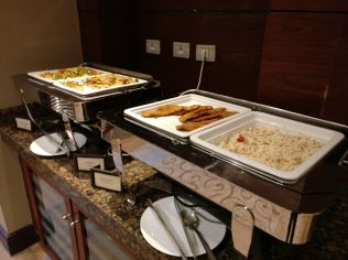 Hilton Alexandria King's Ranch Executive Lounge Food