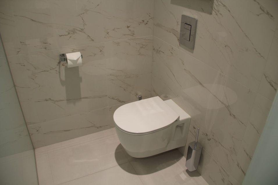 Hilton Tallinn Park One Bedroom Suite Bathroom