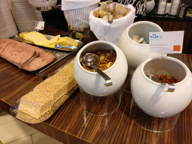 KLM Crown Lounge Amsterdam Non-Schengen Buffet