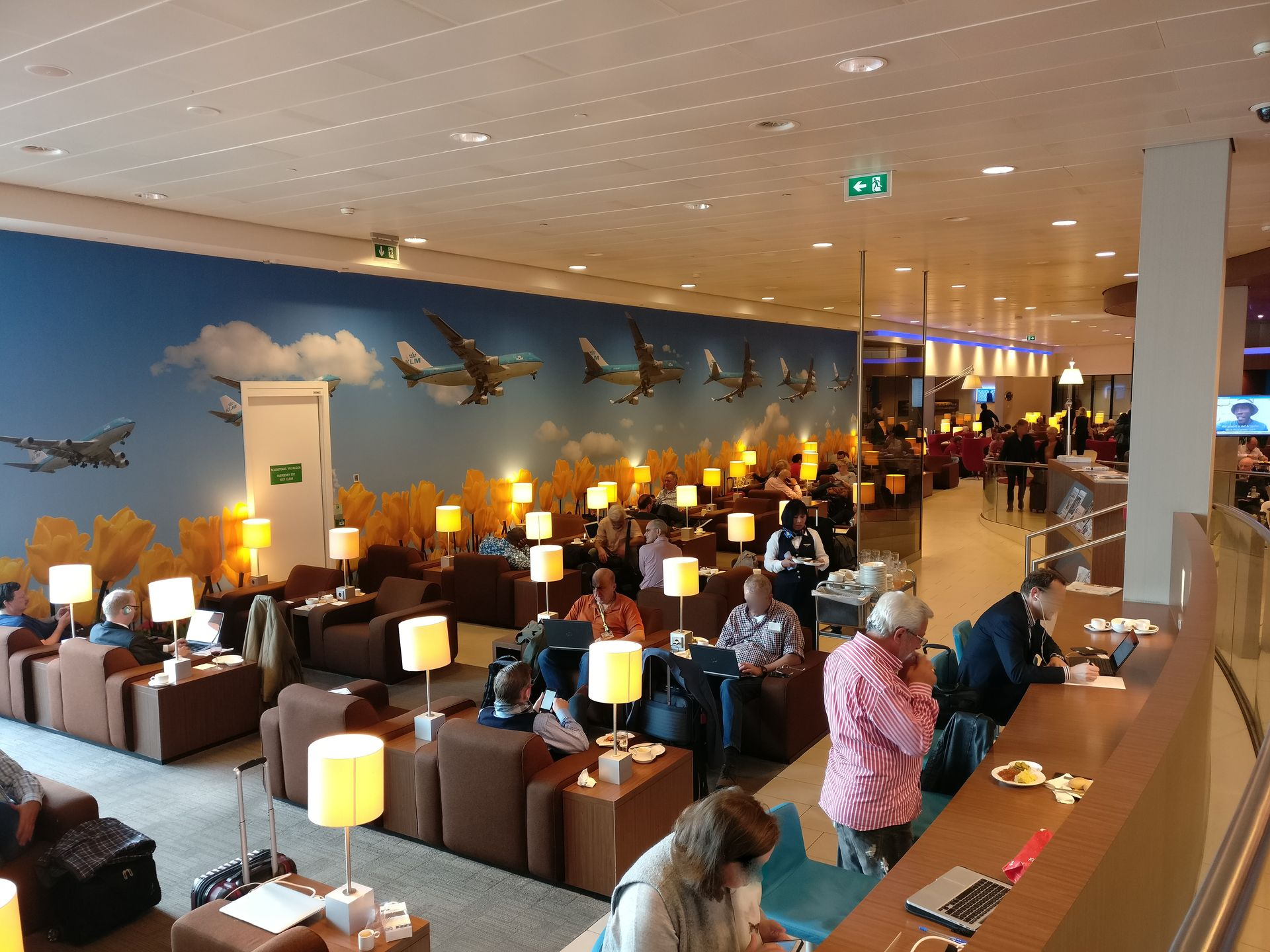 KLM Crown Lounge Amsterdam Non-Schengen Seating