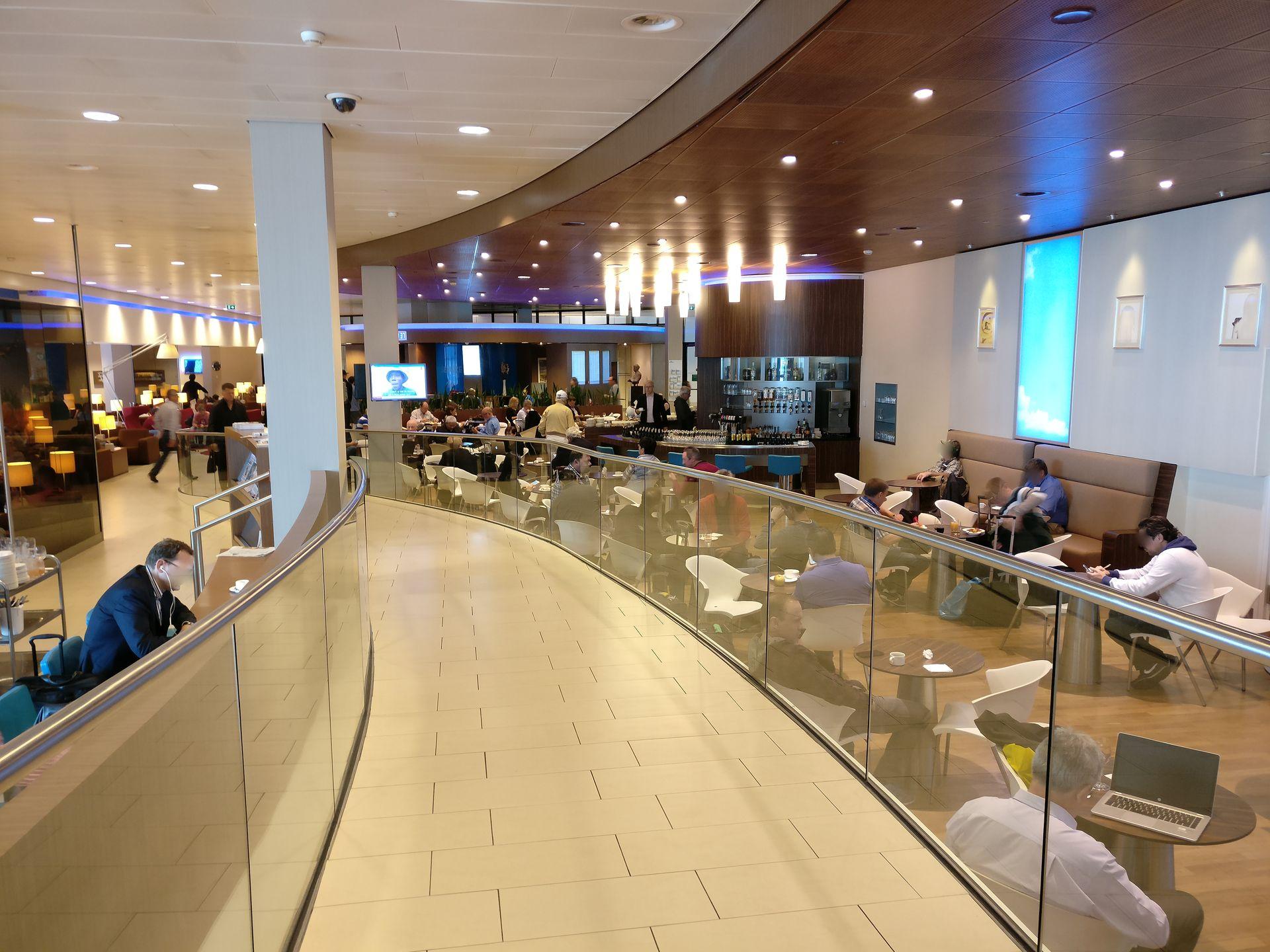 KLM Crown Lounge Amsterdam Non-Schengen