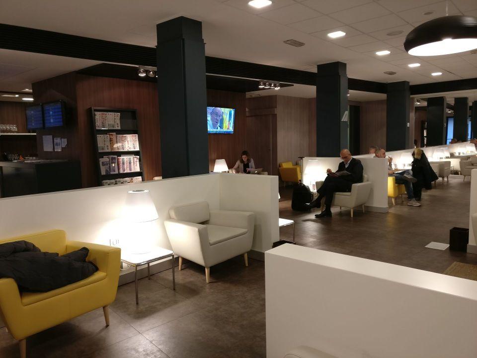 Casa Alitalia Milan Seating