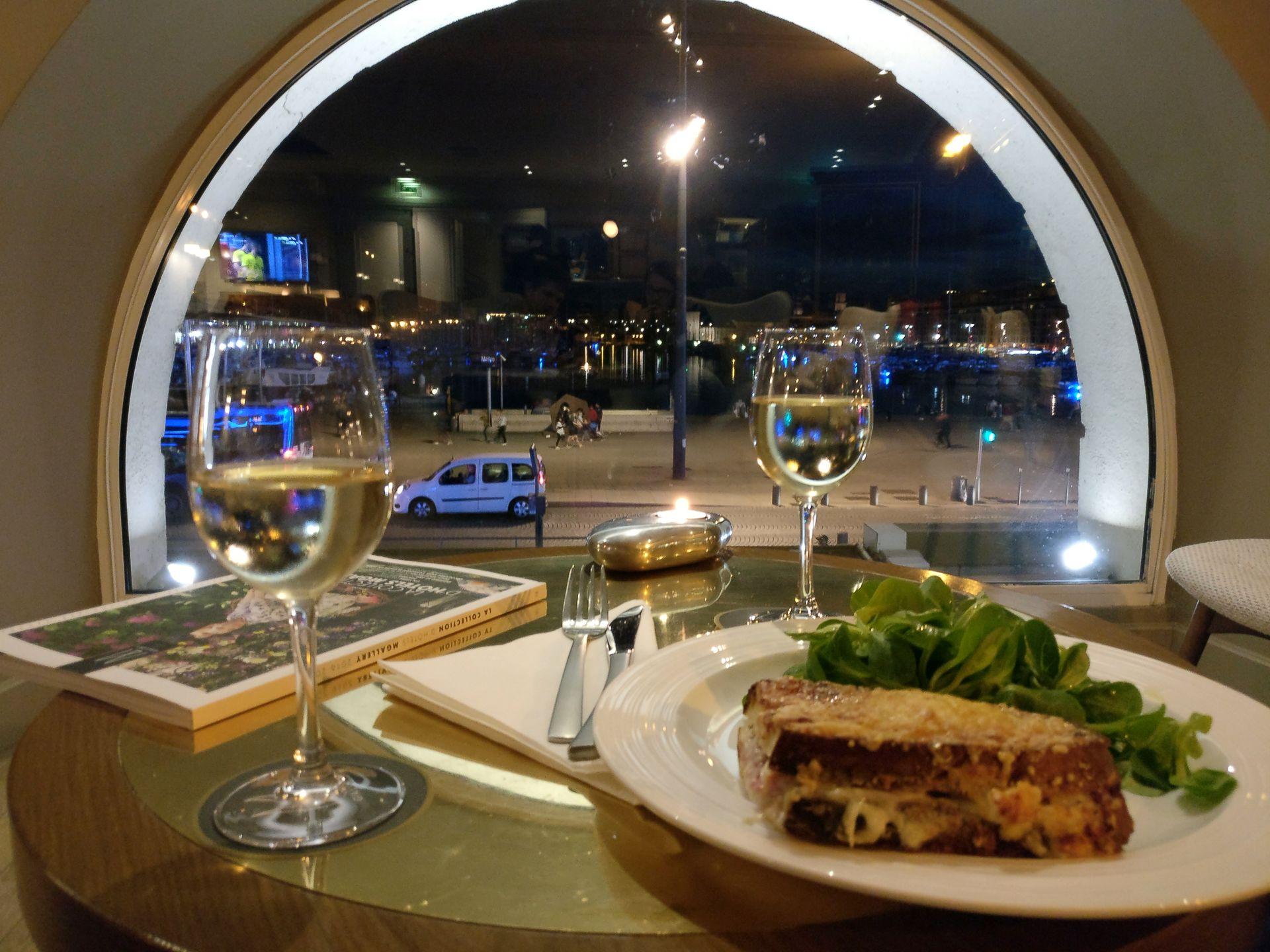 Grand Hotel Beauvau Marseille Bar