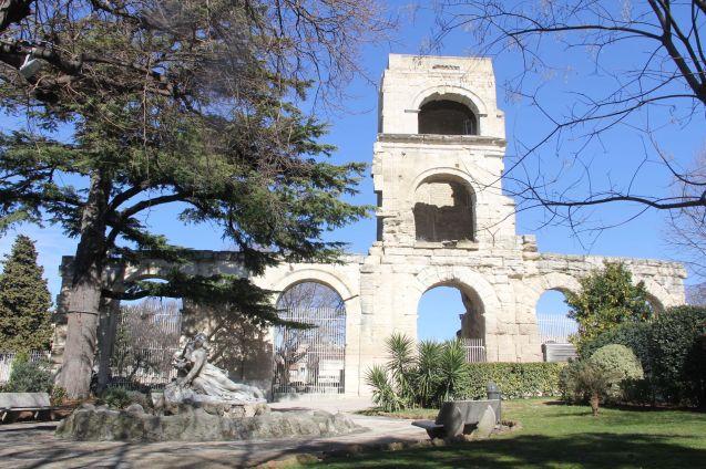 Arles Jardin d'été 2