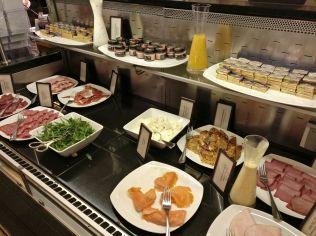 Hilton Berlin Breakfast