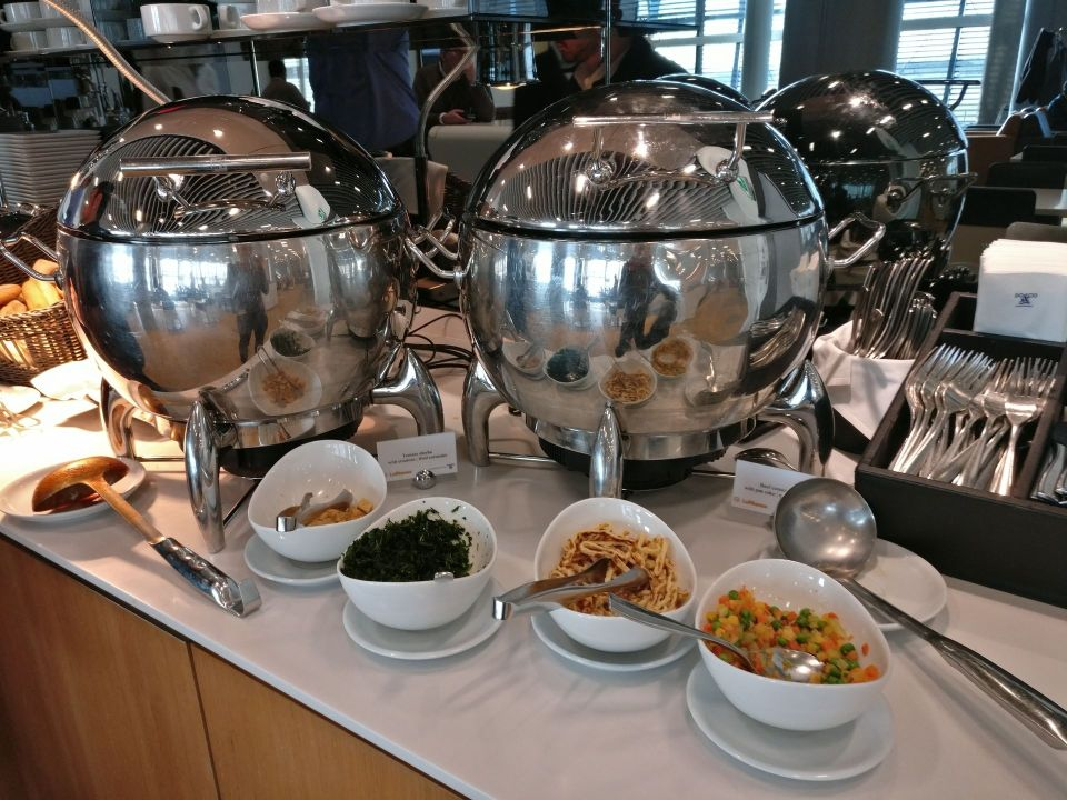 Lufthansa Business Lounge London Buffet