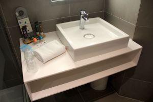 Novotel Nice Centre Vieux Executive Room Bathroom