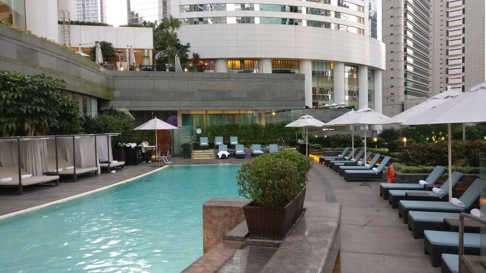 Conrad Hongkong Pool