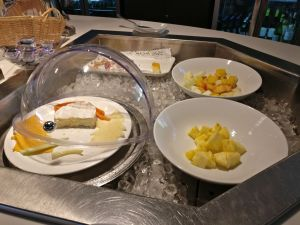 Air Seychelles Lounge Mahe Buffet