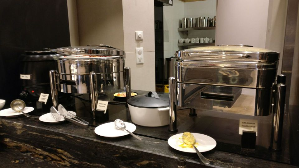 Grand Hotel La Cloche Dijon Breakfast