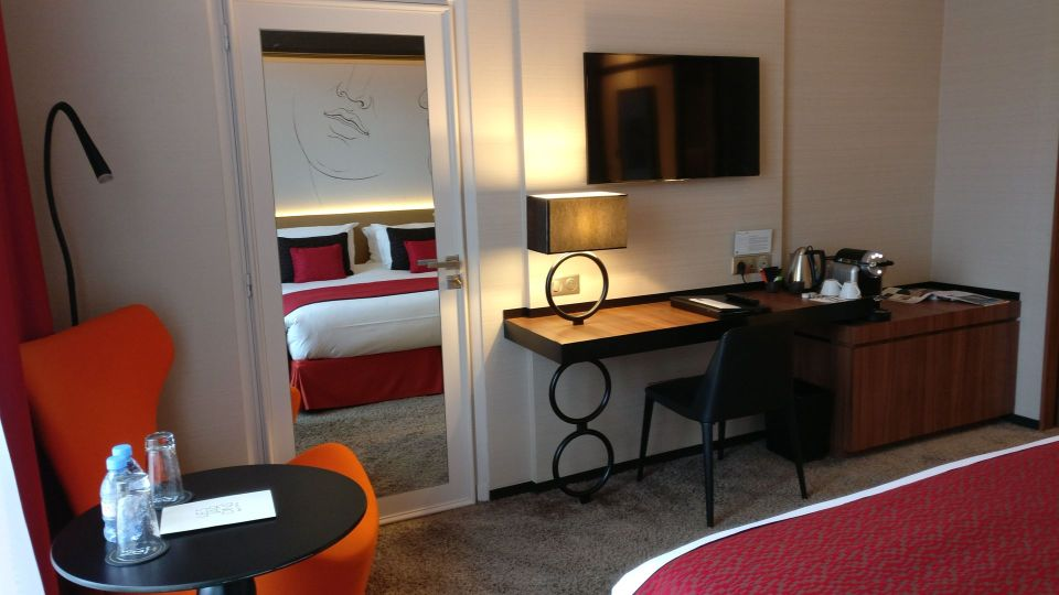 Grand Hotel La Cloche Dijon MGallery by Sofitel Superior Room