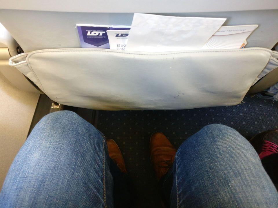 LOT Economy Class Seat Pitch