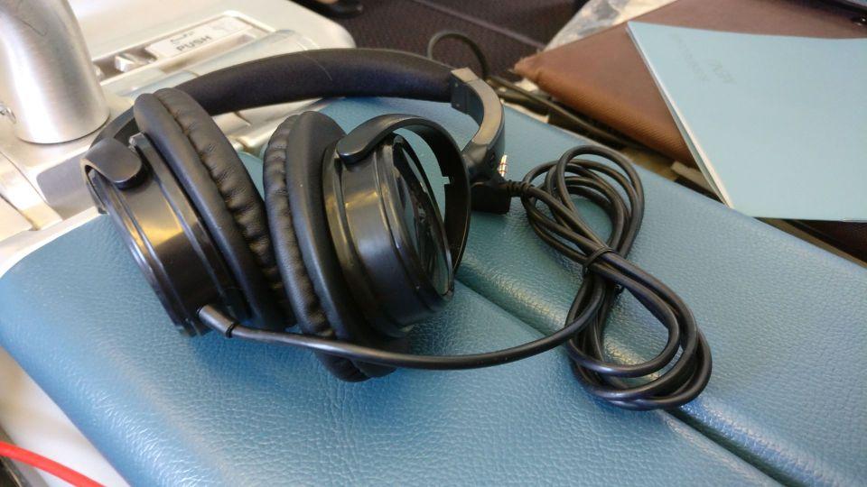 Saudia Business Class Airbus A320 Headphones