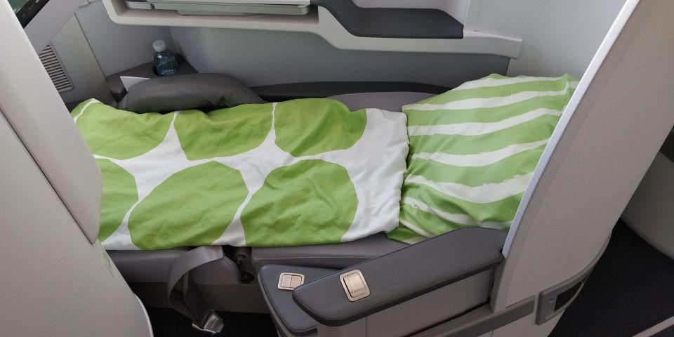 finnair business class airbus a350 bed