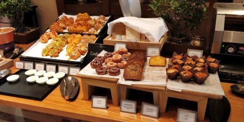 Four Seasons Shanghai Breakfast