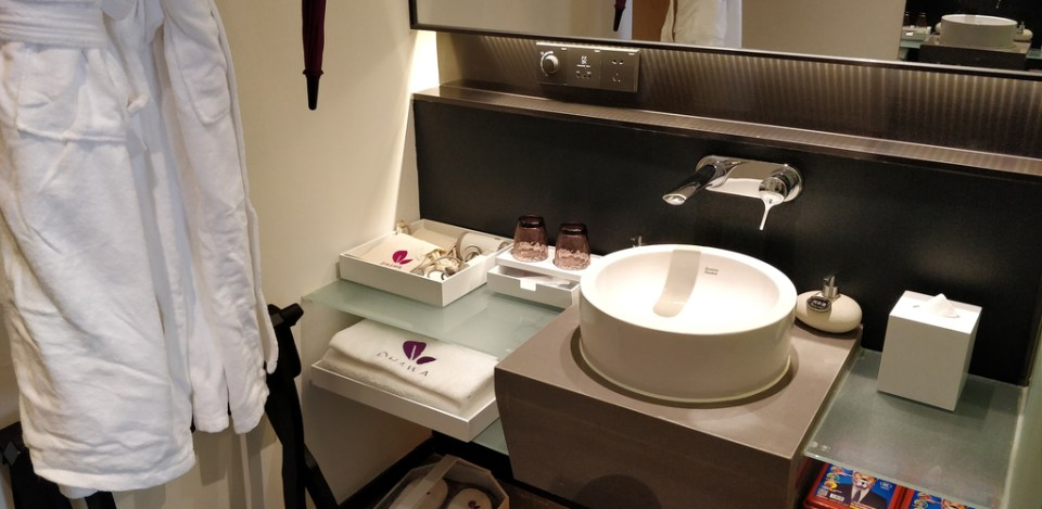Dhawa Jinshanling Bathroom