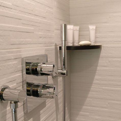 Hotel Barriere Le Fouquet Paris Junior Suite Bathroom