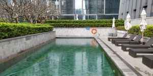 Four Seasons Shenzhen Outdoor Pool