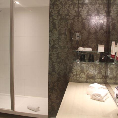Golf du Medoc Resort Suite Bathroom 3