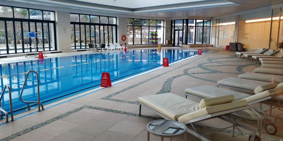 Grand Hyatt Incheon Pool