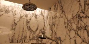 Waldorf Astoria Shanghai Bathroom