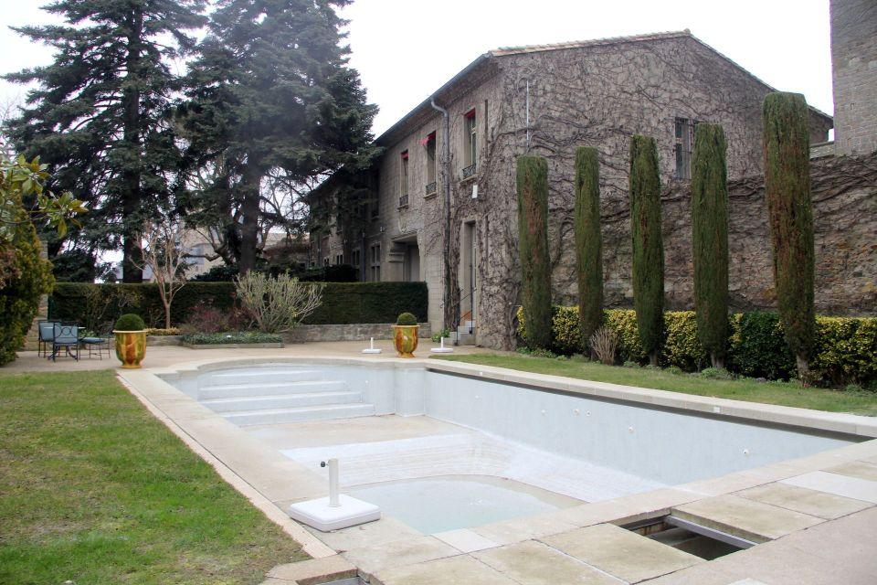 Hotel de la Cite Carcassonne Pool