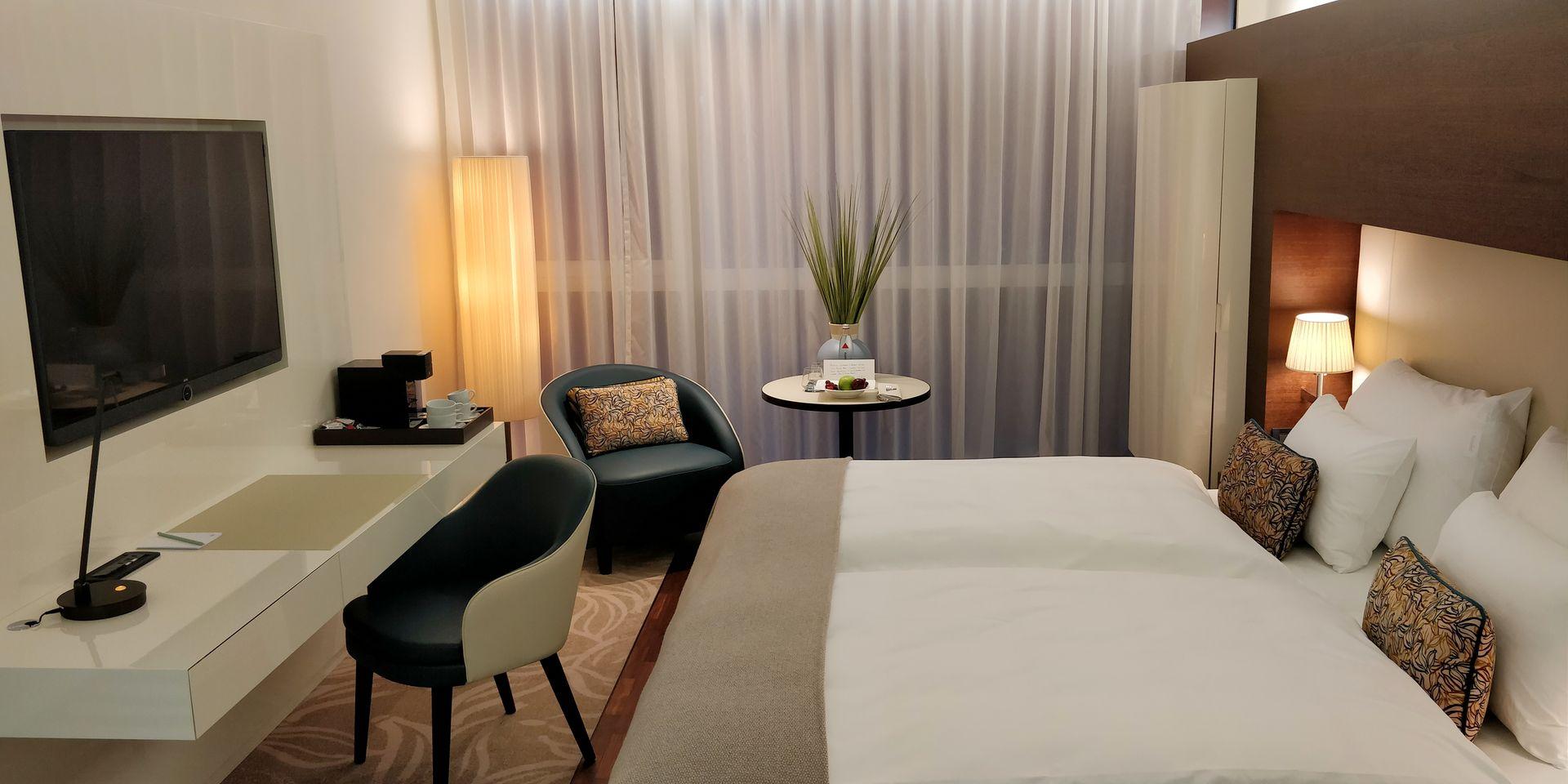 SIDE Hotel Hamburg Room
