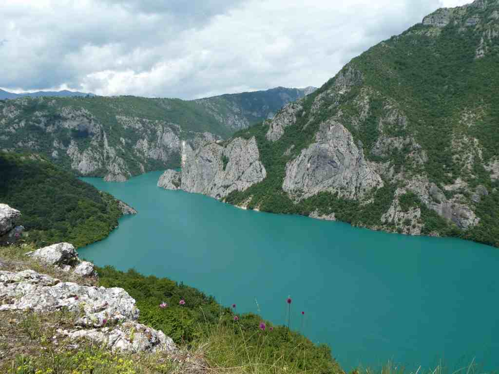what a beautiful montenegro lake