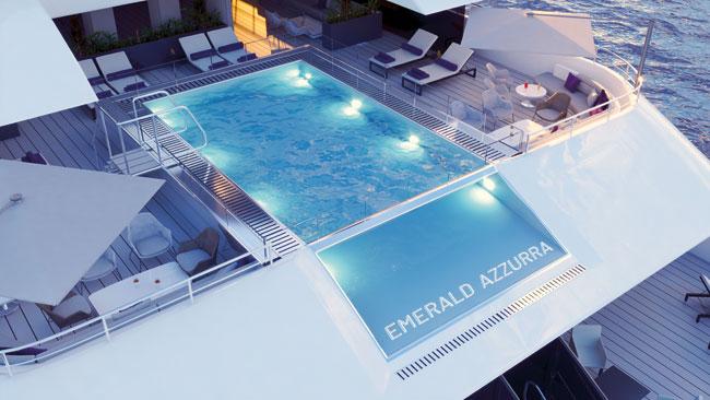 Emerald Azzurra pool