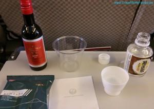 jal-japan-airlines-flight-drinks-01