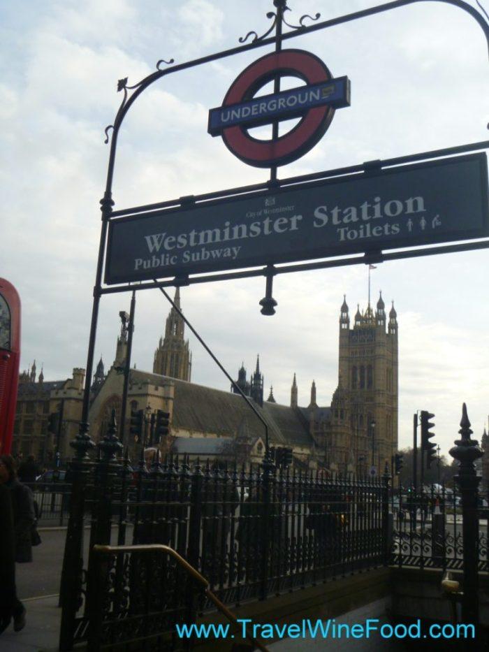 westminster-station-entrance-01