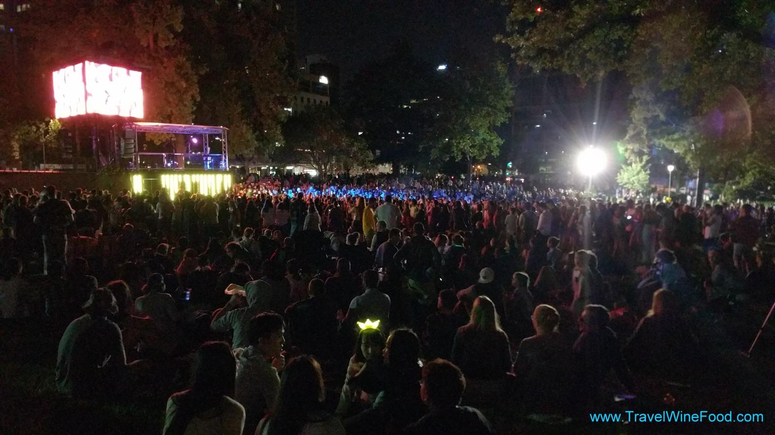 melbourne fireworks 2017 happy new year from flagstaff gardens melbourne victoria australia