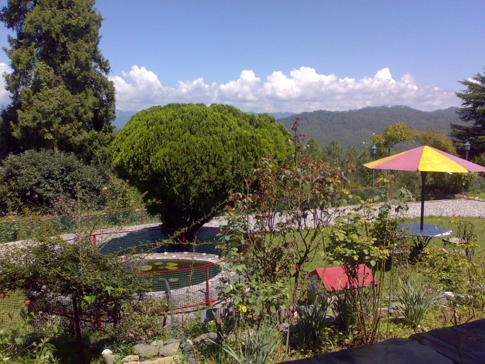 Holm Farm Heritage, Ranikhet, India. A resort on top of a hill.