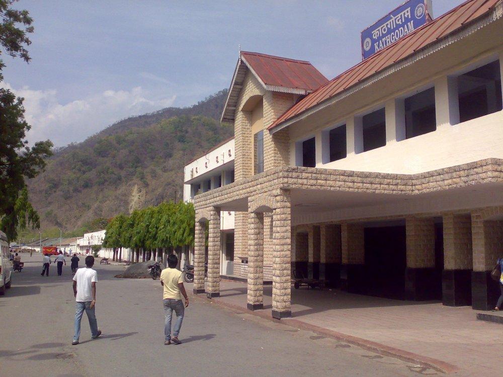 Kathgodam station, Uttarakhand. Railway connection to reach from Delhi on the way to Ranikhet.