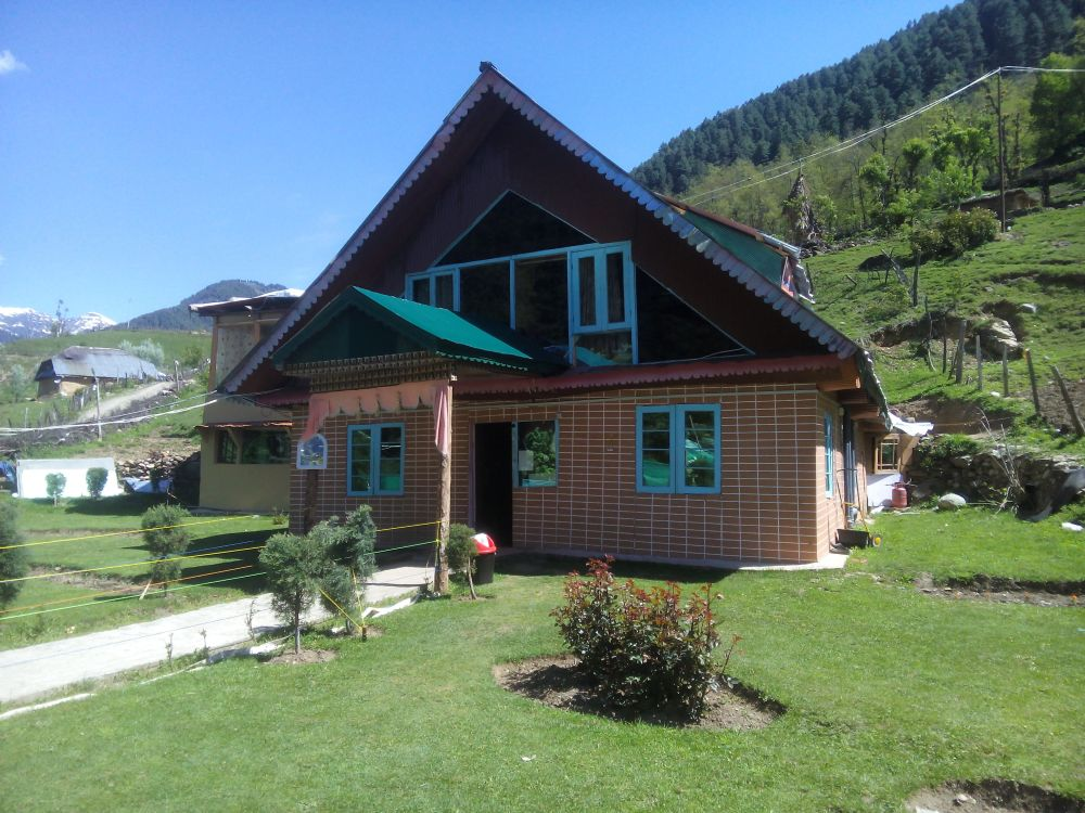 Riverfront Guest House, Pahalgam, Kashmir, India