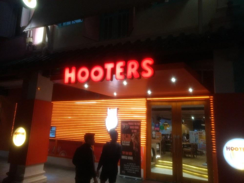 Hooters, Clarke Quay, Singapore