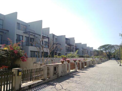 Raichak Riverside Bungalow