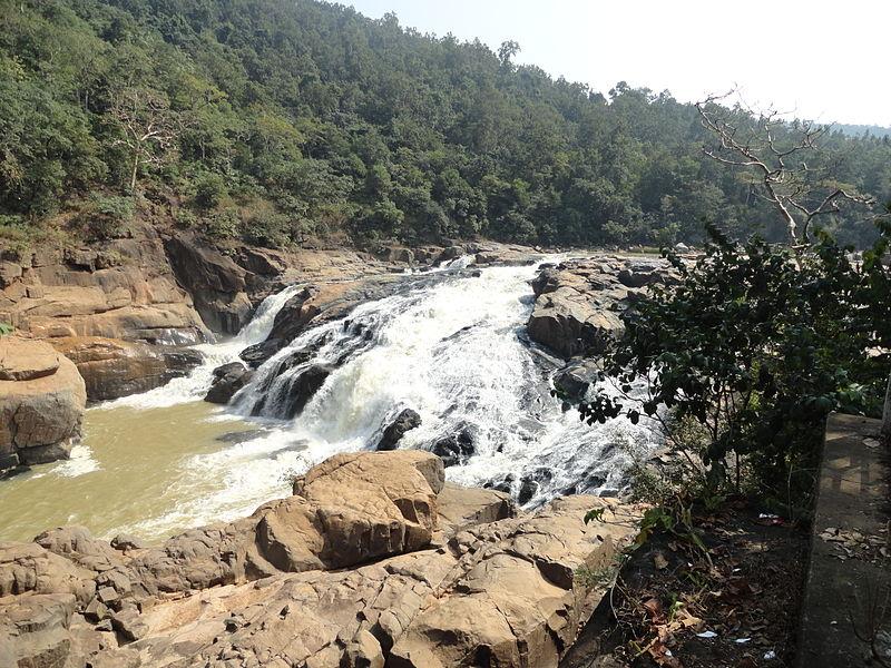 Putudi Waterfalls