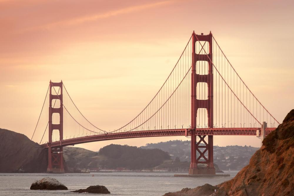USA Bucket List for families featured by top US family travel blog, Travel With a Plan:: Golden gate bridge, CA