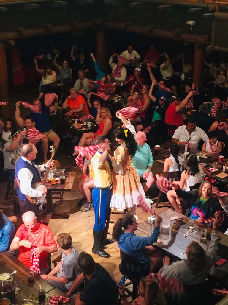 Disney's Hoop-Dee-Doo Musical Revue Dinner Show: All You Need to Know