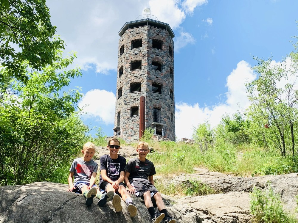 Check out our Duluth Family Vacation itinerary featured by top US family travel blog, Travel with a Plan: Enger Tower